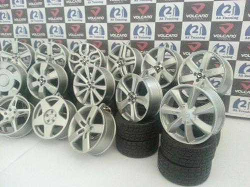 kit 50 uni. chaveiros replica de roda com pneu.