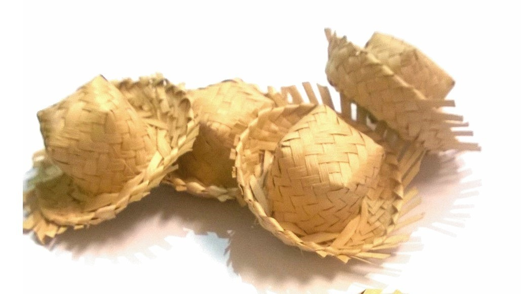 kit 50un mini chapéu palha decoração lembrancinhas junina. Carregando zoom. 37660a04c37