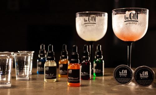 kit 6 xaropes para drinks begin spices + 6 shots gin