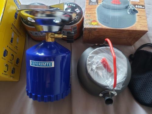kit acampamento fogareiro + chaleira + 2 refis gás portátil
