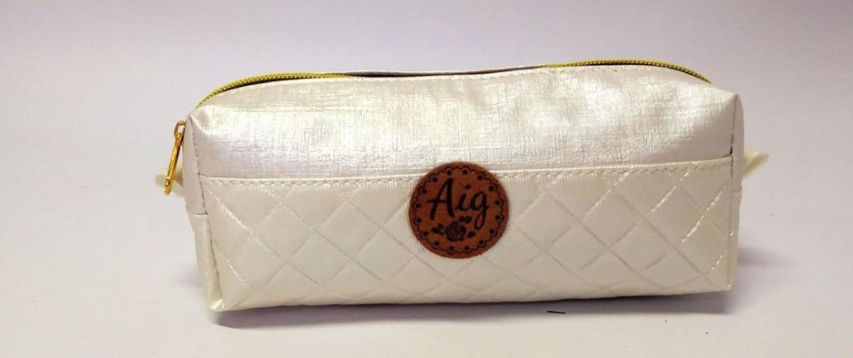 f9572722f kit bag mochila alça feminina + estojo matelasse branco aig. Carregando zoom .