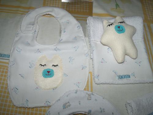kit bebé (babero, babita, muñequito de apego) hechos a mano
