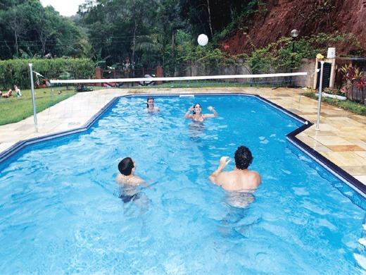 Kit biribol rede volei para piscina rede de 5 metros r for Piscinas de 2 metros de ancho