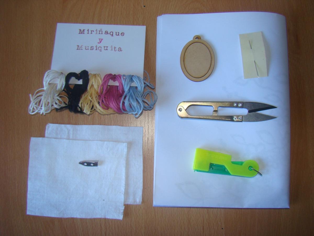 Kit Bordado Mini Bastidor. Incluye Hilos, Tijera, Enhebrador - $ 390 ...