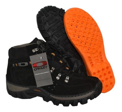 kit bota cuturno oakley masculina adventure em couro brinde