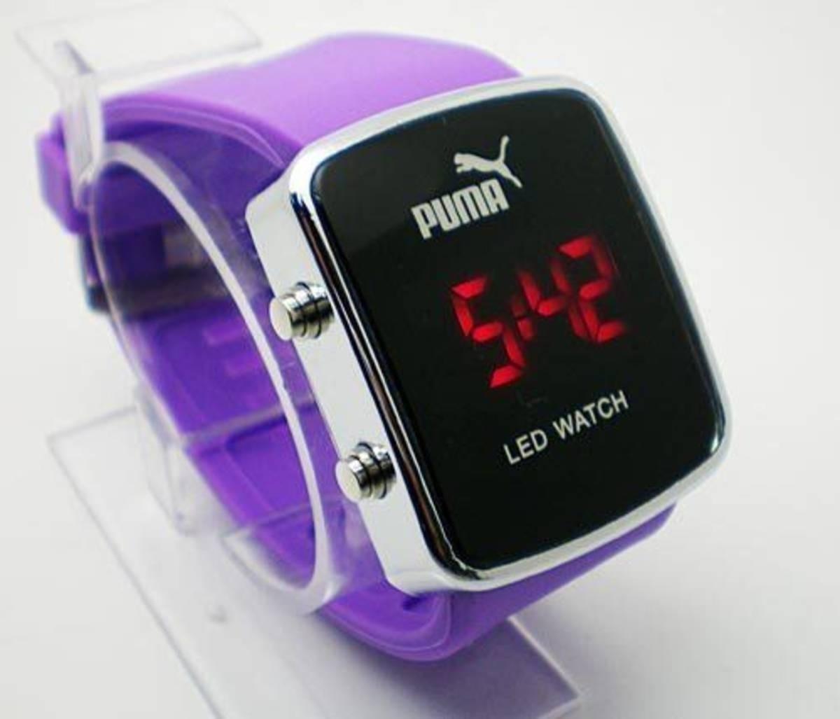 5e31aaf3371 kit c 10 relógios led digital unisex + caixinha várias cores. Carregando  zoom.