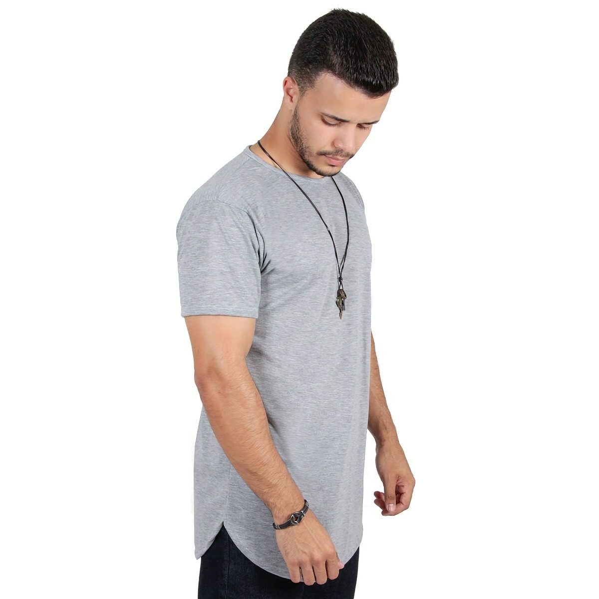 072ef411d Kit C/3 Un Camisas Blusas Masculinas Tamanhos Grandes Long - R$ 99 ...