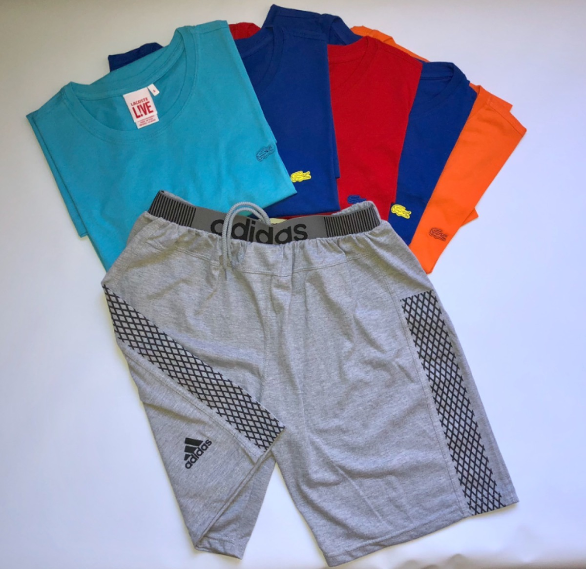 8480a5986cce2 Kit Camisa Bermuda Masculina Lacoste adidas Varias Cores - R  149