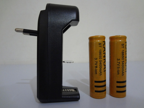 kit carregador + 2 baterias 18650 3,7v 5400mah