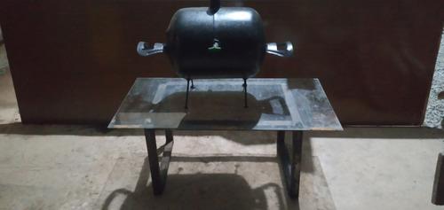 kit churrasqueira a bafo con grelha de inox e mesinha