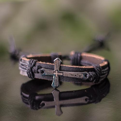 kit colar cordão cruz toretto+ 3 pulseiras masculinas couro