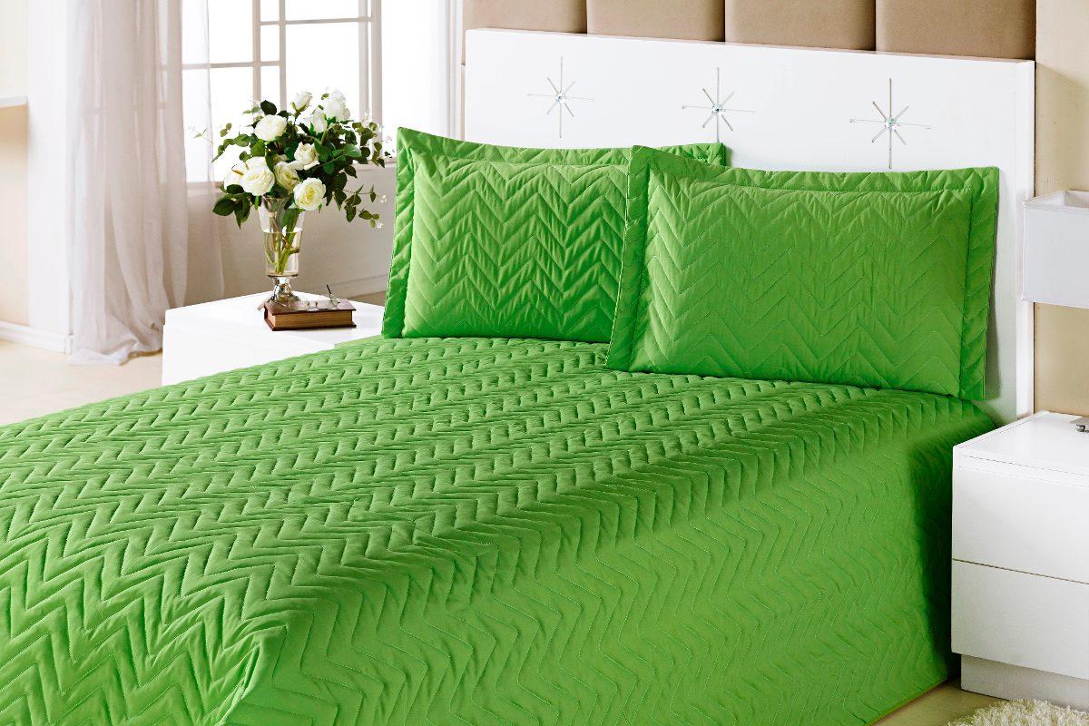 Resultado de imagem para quarto de casal verde