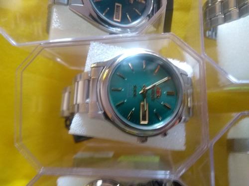 kit com 06 relógios de pulso orient