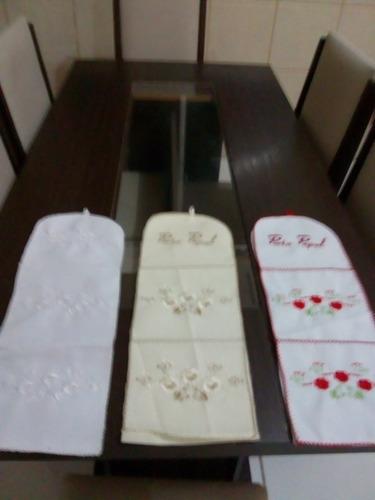 kit com 10 porta papel bordado com linha de seda.