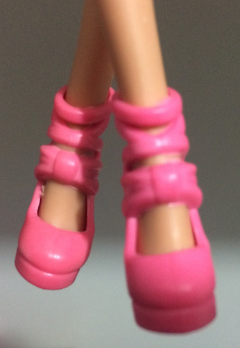 kit com 10 sapatos p/ boneca barbie modelos diversificados!