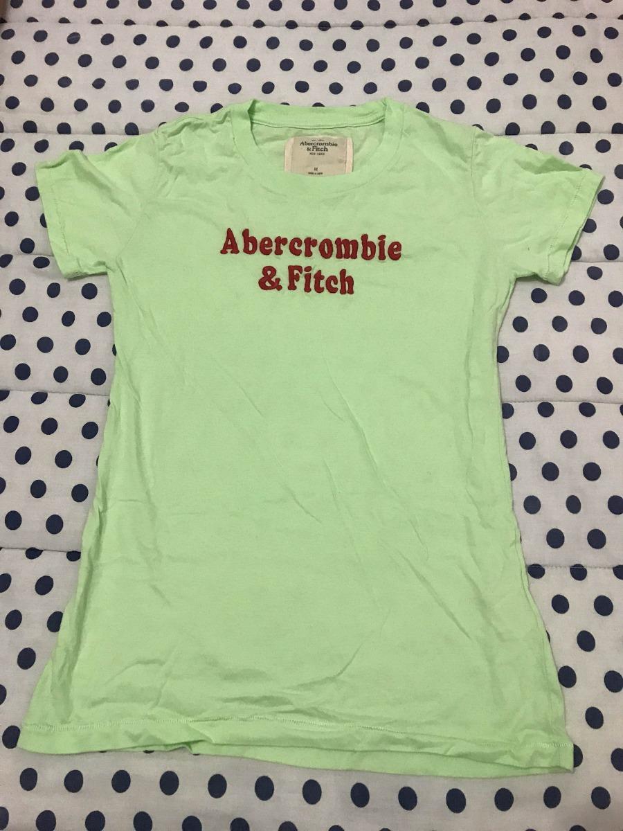 a08c72d386 kit com 2 camisetas femininas hollister e abercrombie. Carregando zoom.