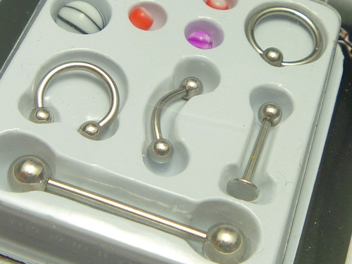 kit com 5 piercings de aço