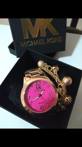 kit com 5 relógios feminino pesados + pulseiras + caixa