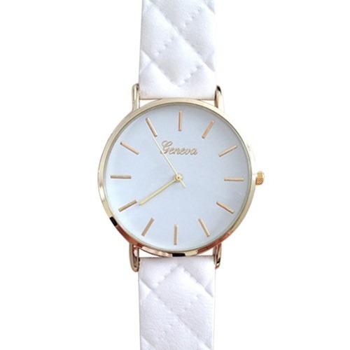 bae68200e44 Kit Com Três Lindos Relógios Femininos Detalhes Dourados Top - R ...
