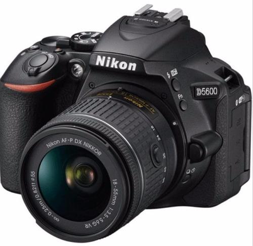 kit completo de camara nikon d5600 18-55 + 24 artículos 32gb