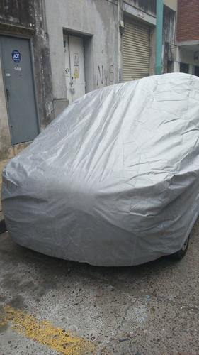 kit cubre auto antigranizo impermeable rayos uv + aspiradora