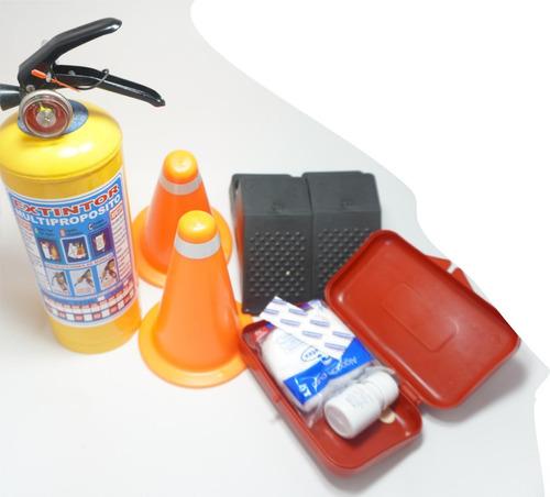 kit de carretera autos extintor, conos, tacos, botiquín 4u.