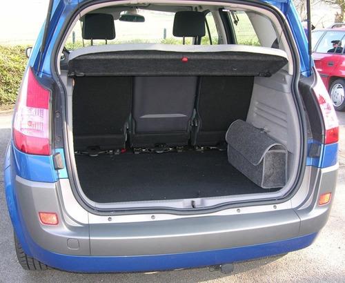 kit de carreteras del maletero. ordenador