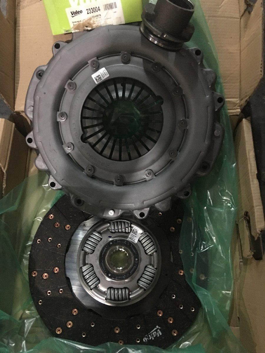 Kit De Embrague Valeo M.benz 1624 Motor Om 906