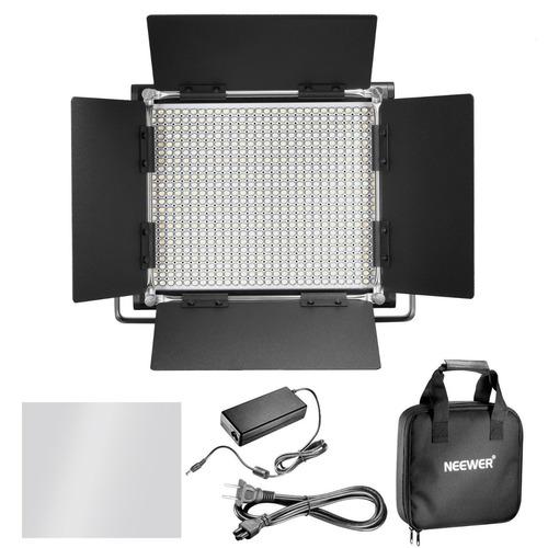 kit de iluminacion 3 lamparas de 660 leds soporte y 6 bateri