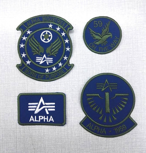 kit de parches bordados alpha