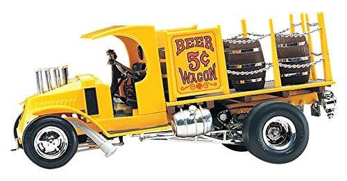 kit de plástico revell tom daniel's beer wagon