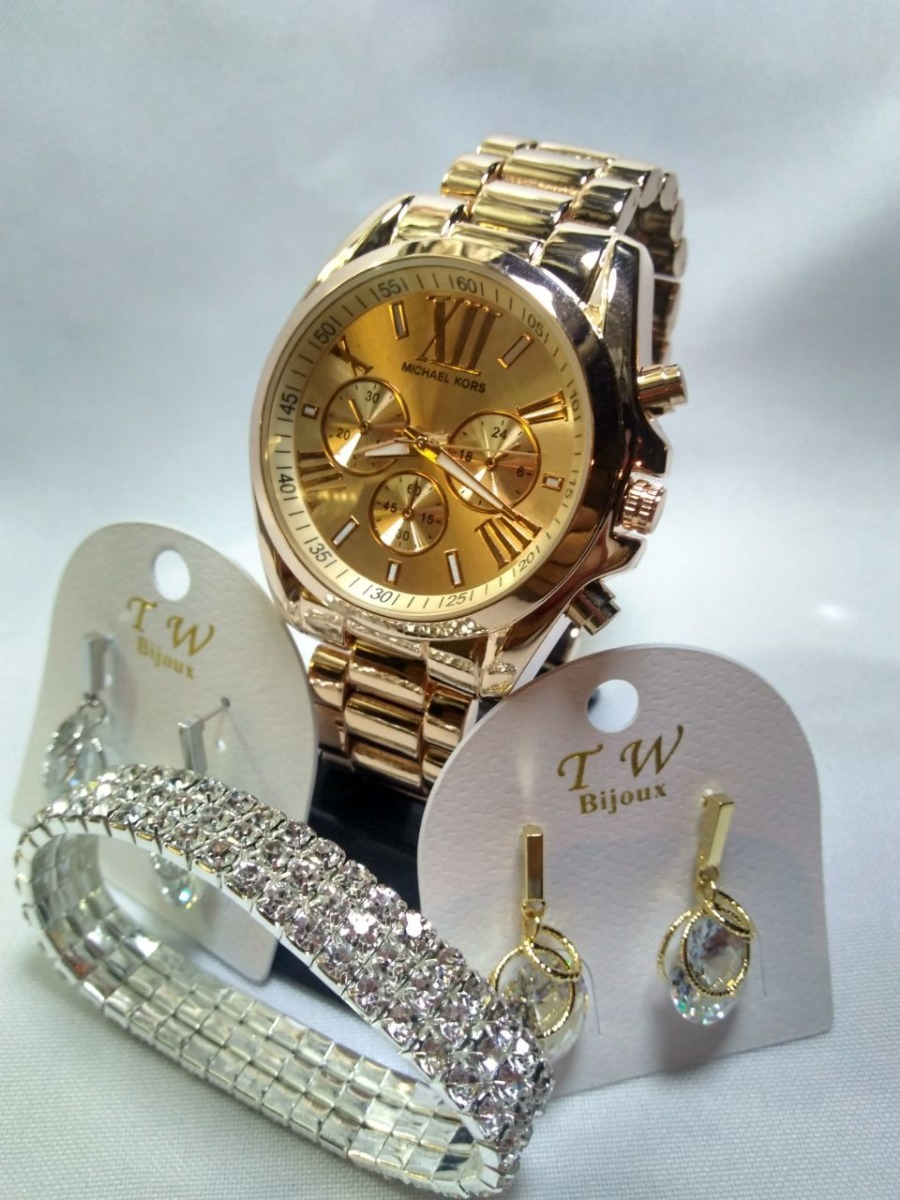 Kit Dia Dos Namorados Relógio Dourado Com Bijuterias - R  79,99 em ... d2ca2ca65e