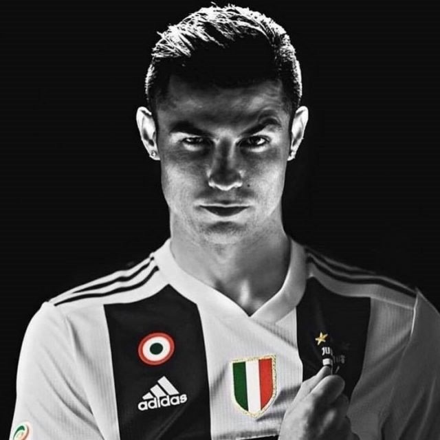 free shipping 64ed0 79f68 Kit Display Cristiano Ronaldo Juventus -4peças - R$90,98