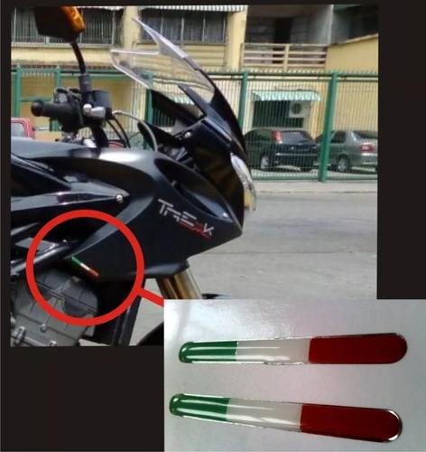 kit emblema bandera italia para motos benelli trek
