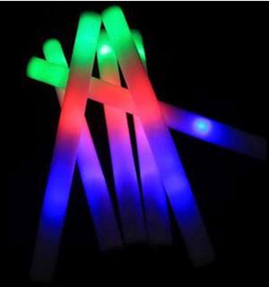 648a81d46 kit festa balada neon 100 pessoas. Carregando zoom.