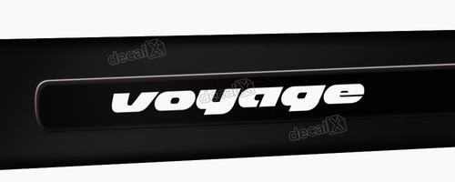 kit friso adesivo lateral resinado volkswagen voyage preto
