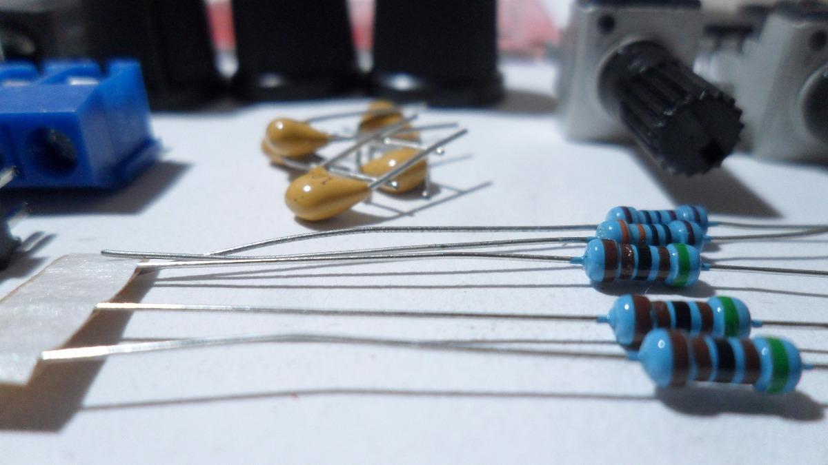 Circuito Xr2206 : Kit generador de funciones xr electrónica estudiante