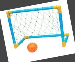 8776e192ad4de Kit Golzinho Futebol Trave Rede Bola Promoção Infantil - R  36