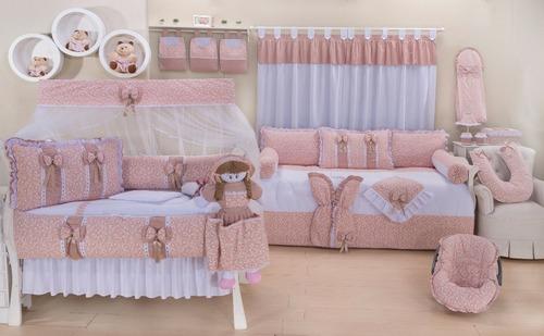 kit higiene 4pçs + bonecas + porta bebê + manta