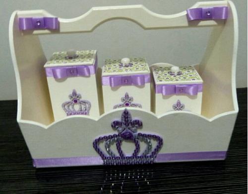 kit higiene bebê princesa, coroa de mdf lilas e bran 8 peças