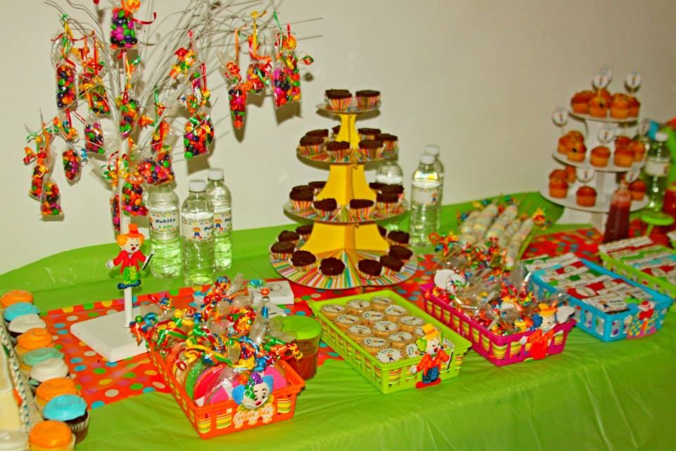 Kit imprimible mesa de dulces en mercado libre for Mesas de dulces para bodas precios
