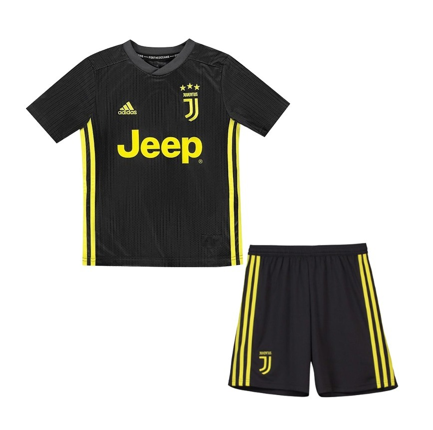watch d396a e4a81 Kit Infantil Camisa E Short Juventus - Ronaldo 7, Cr7