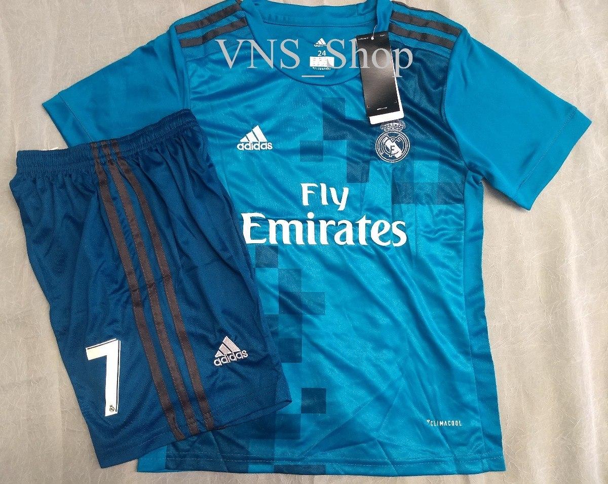 timeless design 61ecf 887b3 Kit Infantil Real Madrid - Cristiano Ronaldo 7 Frete Grátis