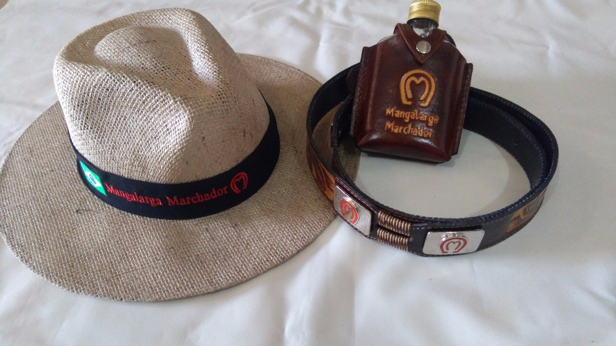 kit mangalarga chapéu + cinto country + cantil envio imediat. Carregando  zoom. c8a6ac820bc