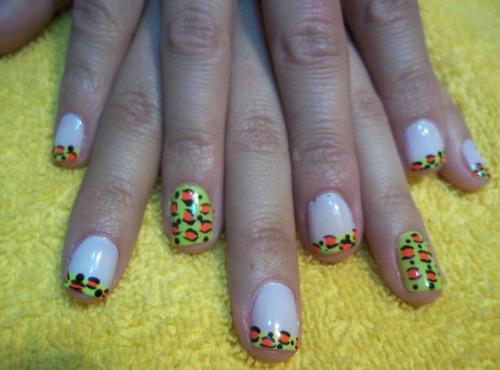 kit manicure pinturas acrilicas - nail art 4 opciones