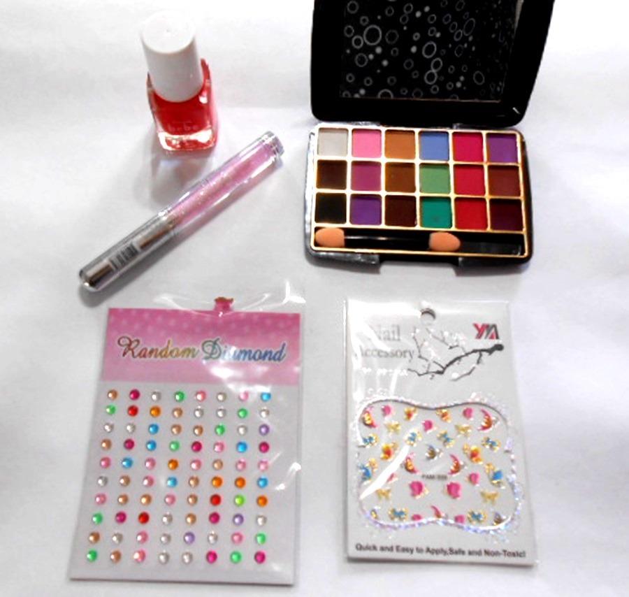 abcae42f6 Kit Maquillaje Nenas Cofre Sombras Esmalte Brillos Ydnis - $ 950,00 ...