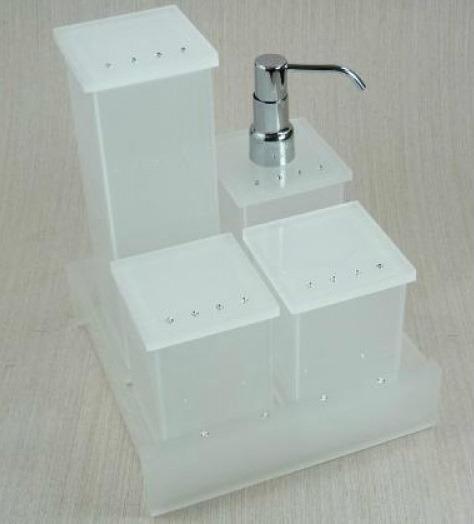 Kit Para Banheiro Em Acrílico : Kit potes para banheiro em acr?lico jateado com strass r