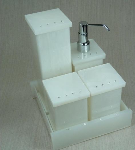 Kit Para Banheiro Em Acrílico : Kit potes para banheiro em acr?lico p?rola com strass r