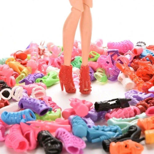 kit sapatinhos da barbie 15 pares que não se repetem lindos