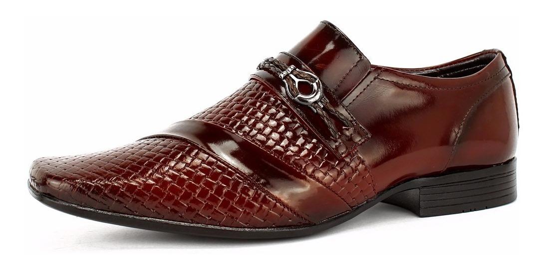 73850d473 kit sapato social masculino couro verniz + cinto + carteira. Carregando  zoom.